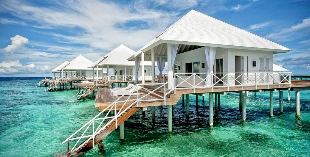 Diamonds-Thudufushi-Beach-and-Water-VillasBIG